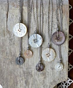 Wire-wrapped-Mother-of-Pearl-button-pendants